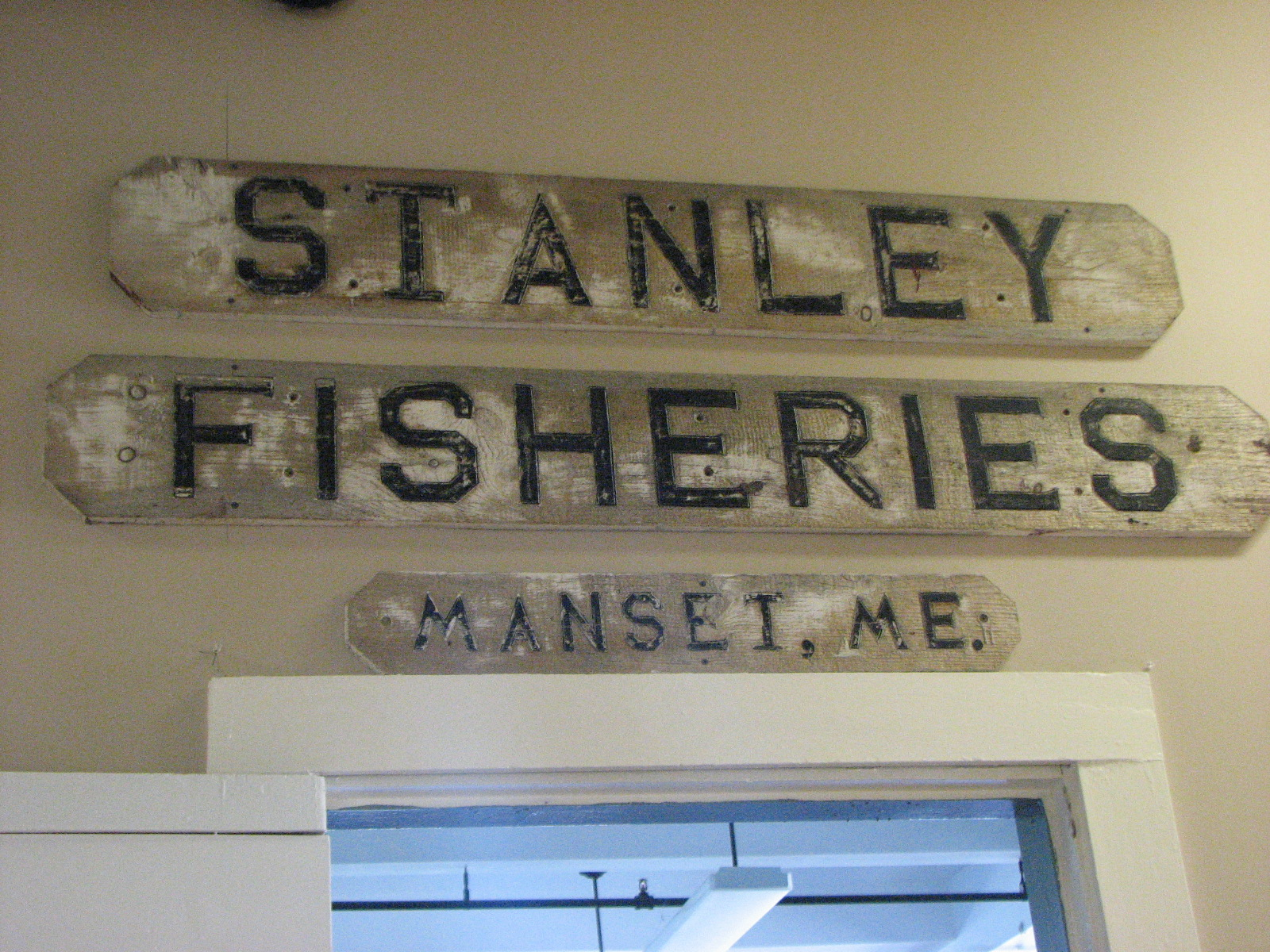 Stanley Fisheries Signs
